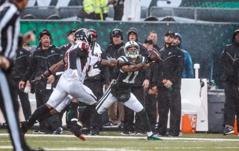 New York Jets wide receiver Robby Anderson has eclipsed double digit fantasy points in three consecutive weeks after hauling in six passes for 104 yards and a touchdown in the Jets 25-20 loss to the Atlanta Falcons in week 8. (Via newyorkjets.com)
