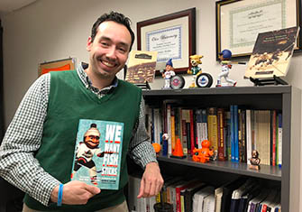 Journalism Professor Converts Dissertation into a Book