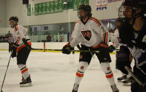 Pioneers Hockey Finishes Semester Strong
