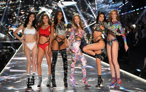 Victoria's Secret Angels Get Their Wings Cut